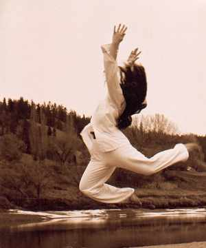 laura-jump