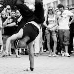 public_breakdance_performance_in_hamburg